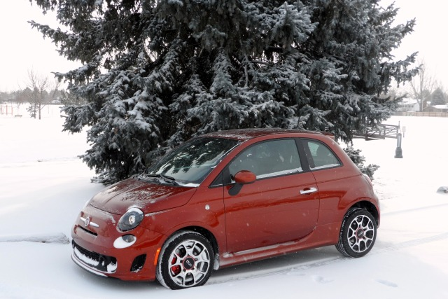 Fiat 500T in Snow