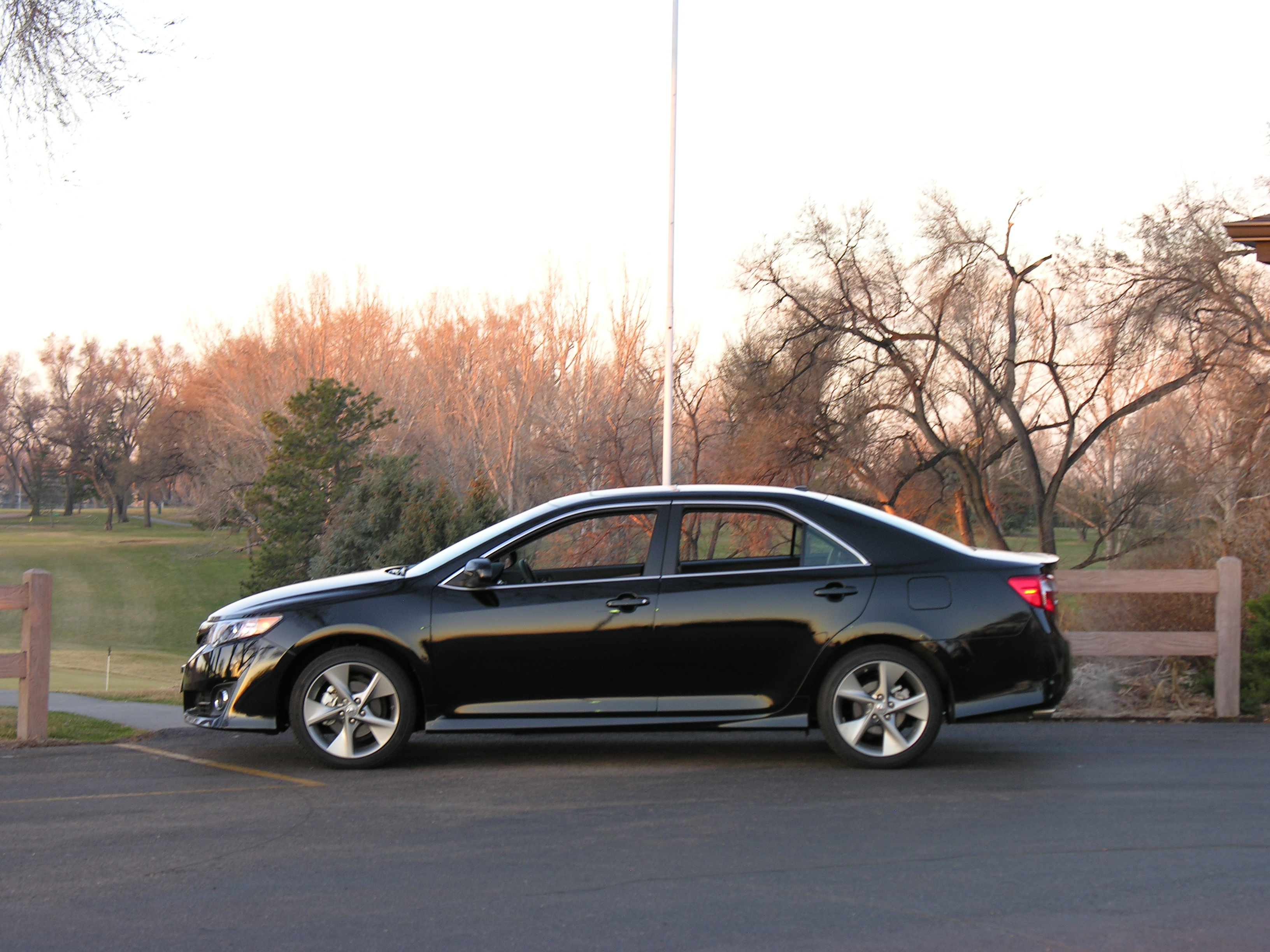 Paint It Black 2012 Toyota Camry Se Stu S Reviews