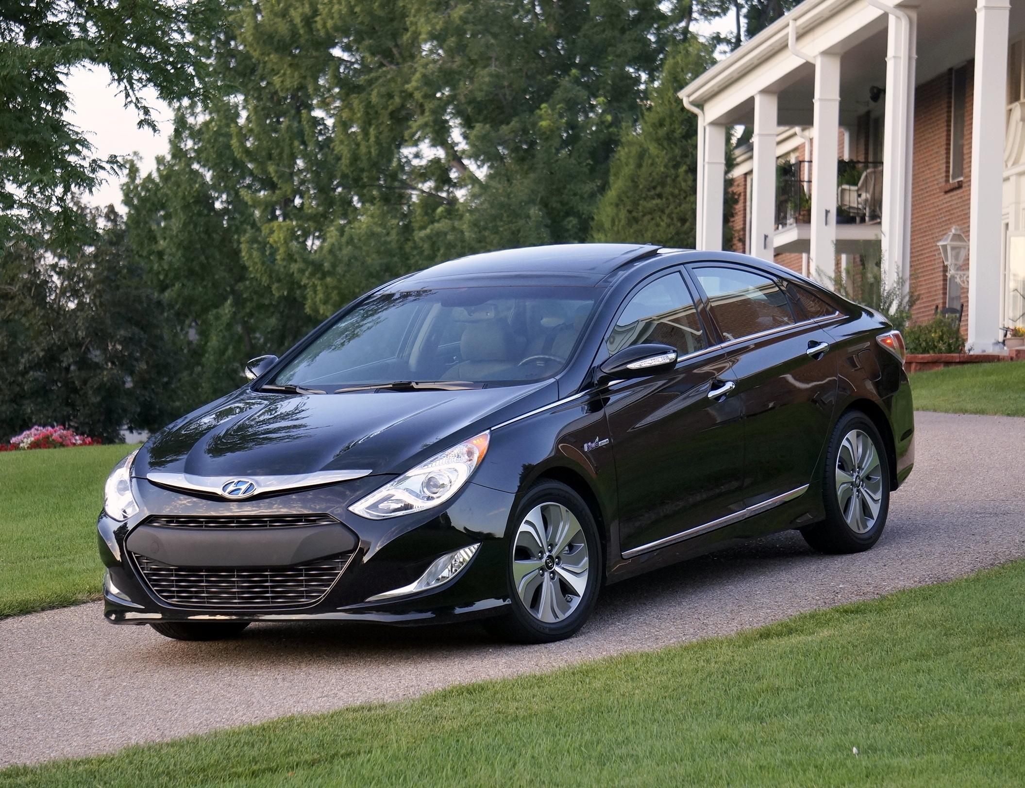 2013 Hyundai Sonata Fwd Hybrid Limited Stu S Reviews