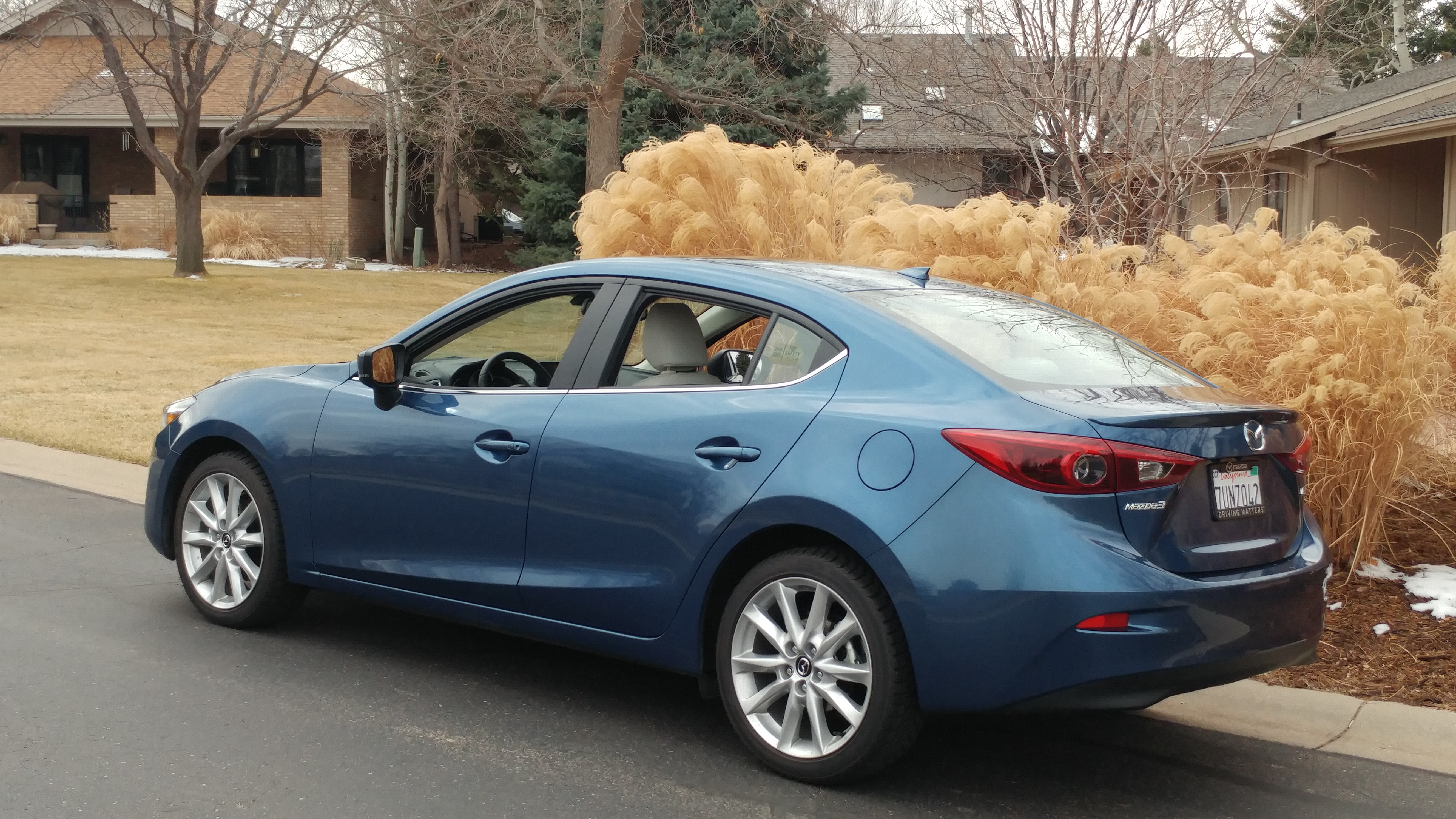 2017 mazda 3 grand touring 4 door sedan stu 39 s reviews. Black Bedroom Furniture Sets. Home Design Ideas